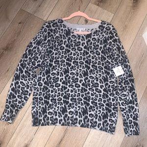 Sweaters - Lightweight animal print sweater
